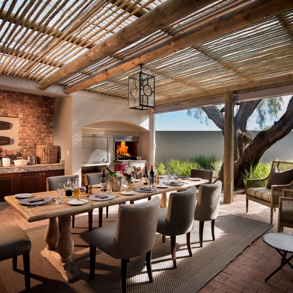 Outdoor dining area at Fort House