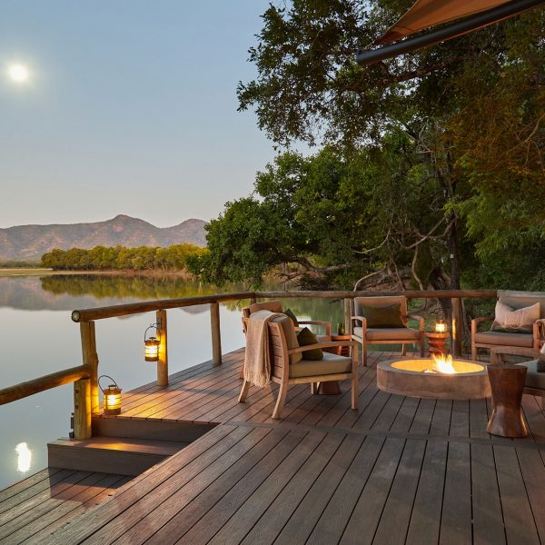 The fire pit of the main deck, overlooking the river at Chindeni