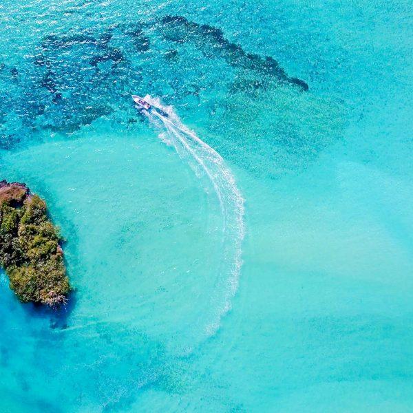 A boat navigating the waters around Cosmoledo Atoll - Blue Safari Seychelles
