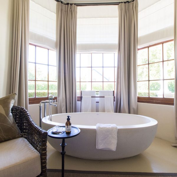 The large bathtub in one of the Manoir rooms