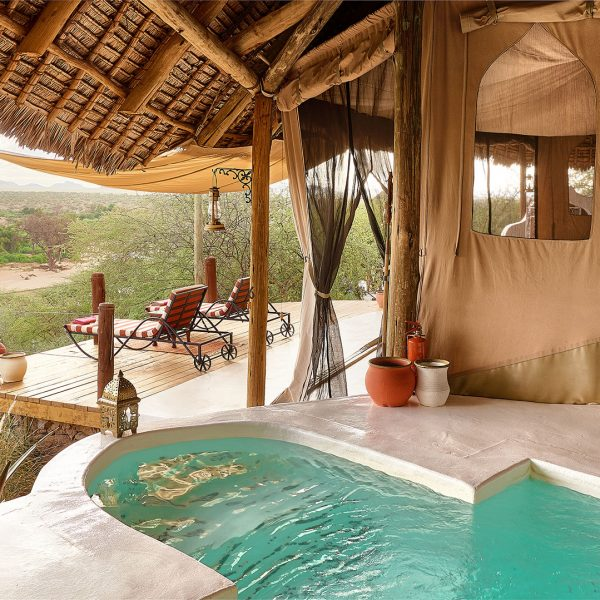 The outdoor area with private plunge pool and loungers at each room at Sasaab